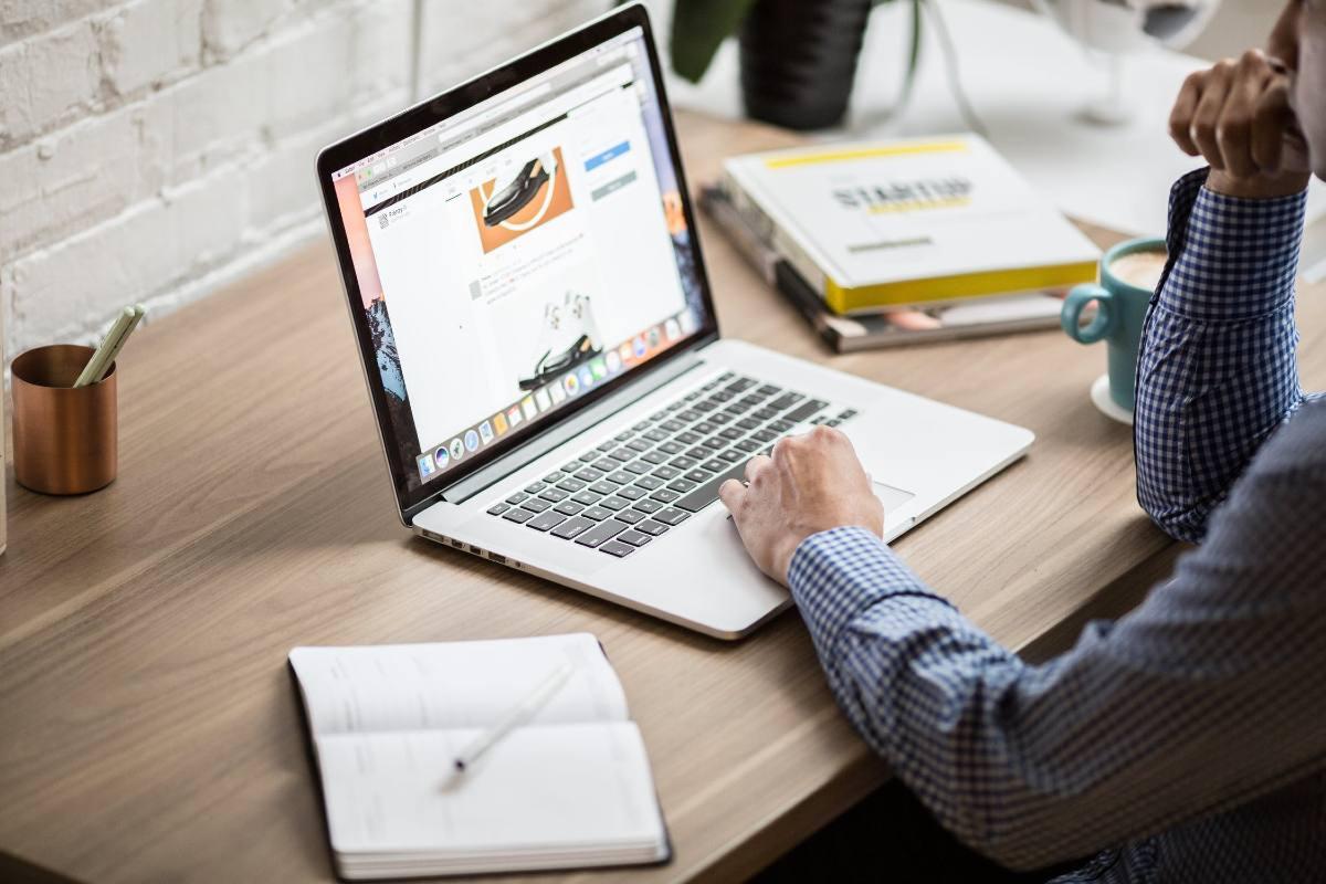 Monitorare l'attività del proprio sito web: come funziona e perchè è importante?